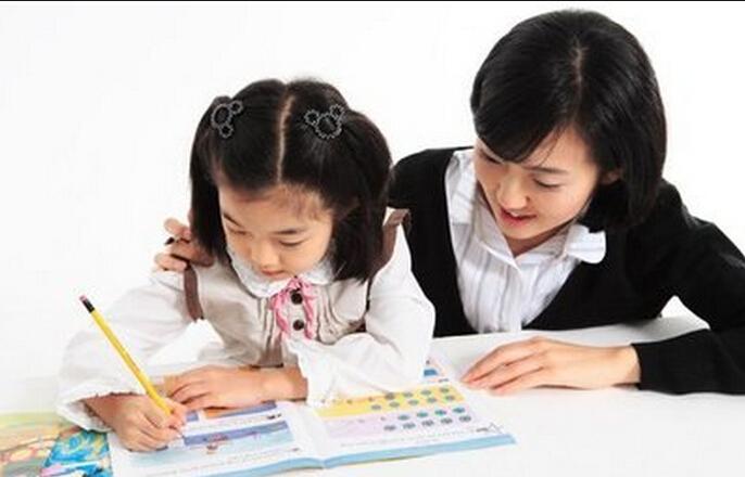Cách dạy trẻ viết chữ vào lớp 1
